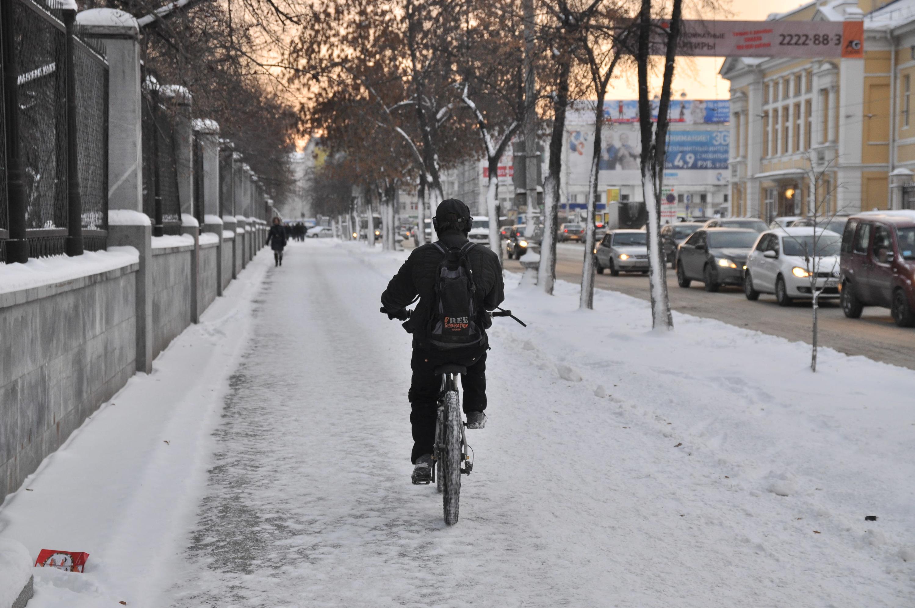 По словам Рамили, катание на велосипеде — один из лучших способов поднять настроение