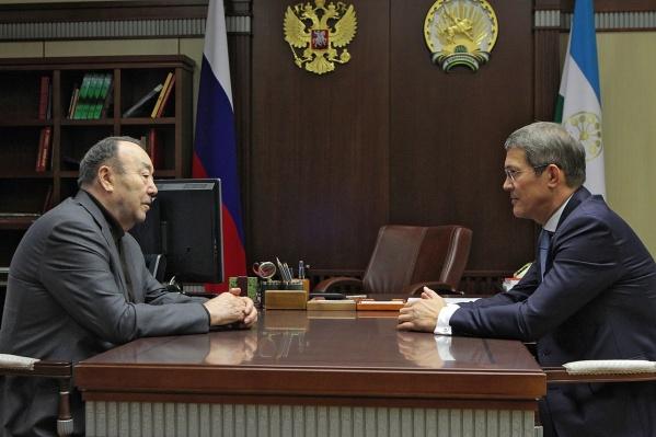 Новый врио главы отметил вклад Муртазы Рахимова в развитие республики
