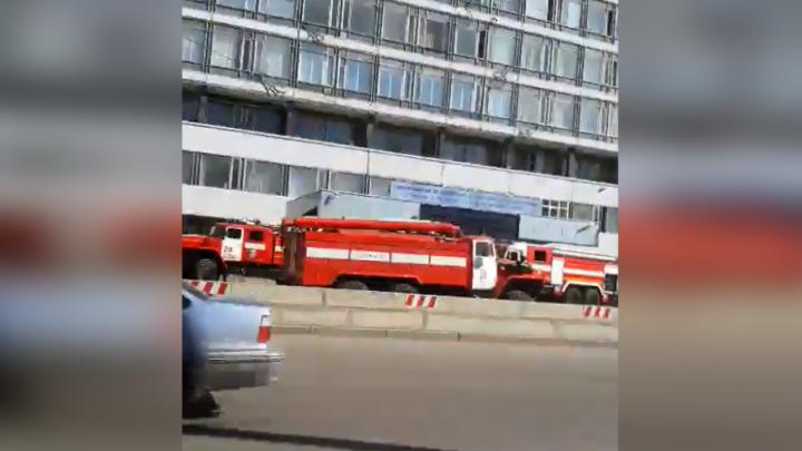 Сотрудников УМПО эвакуировали из-за задымления