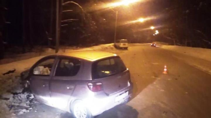 «Тойота» врезалась во встречную «Хонду» в Первомайском районе: пострадали двое