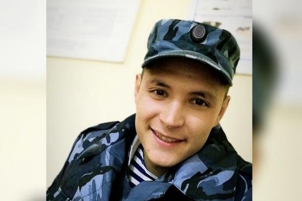 Вильнарису Мухаматшину 23 года. Родственники верят в то, что молодой человек не виноват в распространении наркотиков
