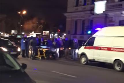 Машина сбила девушку уночного клуба вНижнем Новгороде