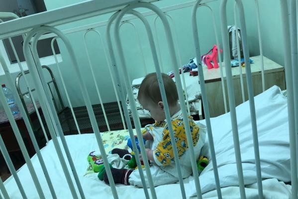Пока что за Софой ухаживает медперсонал и неравнодушные родители других пациентов