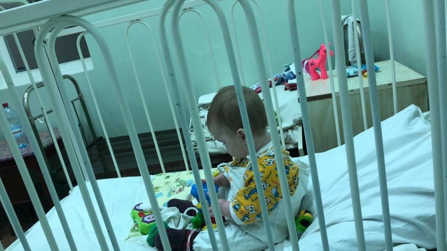 Вернутся или бросили? Мысли архангелогородки о малышке, которая одна встретит Новый год в больнице