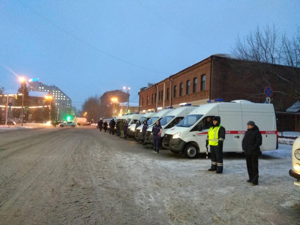 Больницам НСО выделили новых машин на53 млн руб.