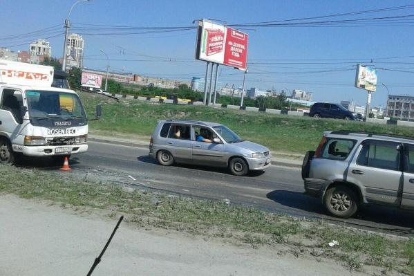 """Авария возле дома <nobr class=""""_"""">№ 18/1</nobr> по ул. Фабричной"""