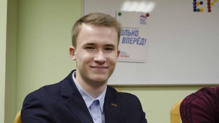 «Шарашкина контора»: волгоградский лидер «Молодой Гвардии» загремел в полицию