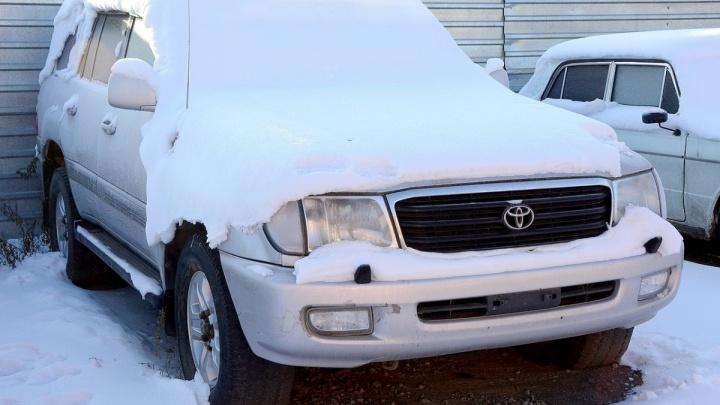 Кажется, разрулили: спорный Land Cruiser вернули челябинцу после трёхлетнего простоя на штрафстоянке