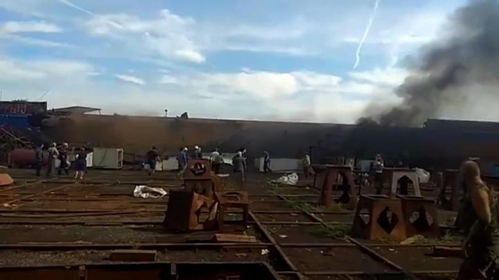 «Это не маляры, это люди»: появилось видео первых минут после взрыва в Волжском