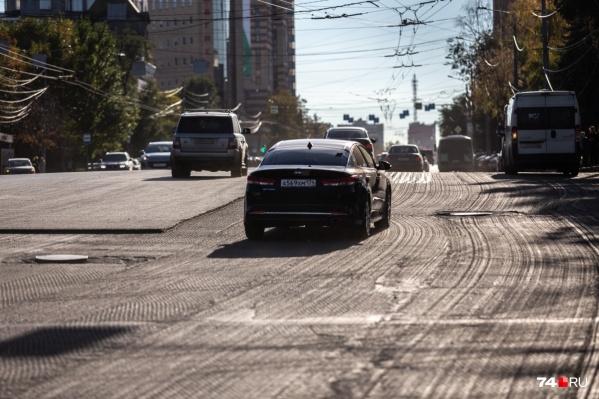 Пока Челябинск строит планы, завершается сезонный ремонт дорог
