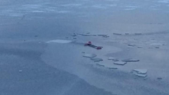Трое детей провалились под лед в Башкирии, 7-летнего малыша спасти не удалось