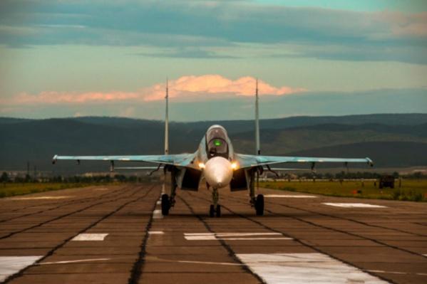 Истребители Су-30СМ совершили вынужденную посадку в Перми