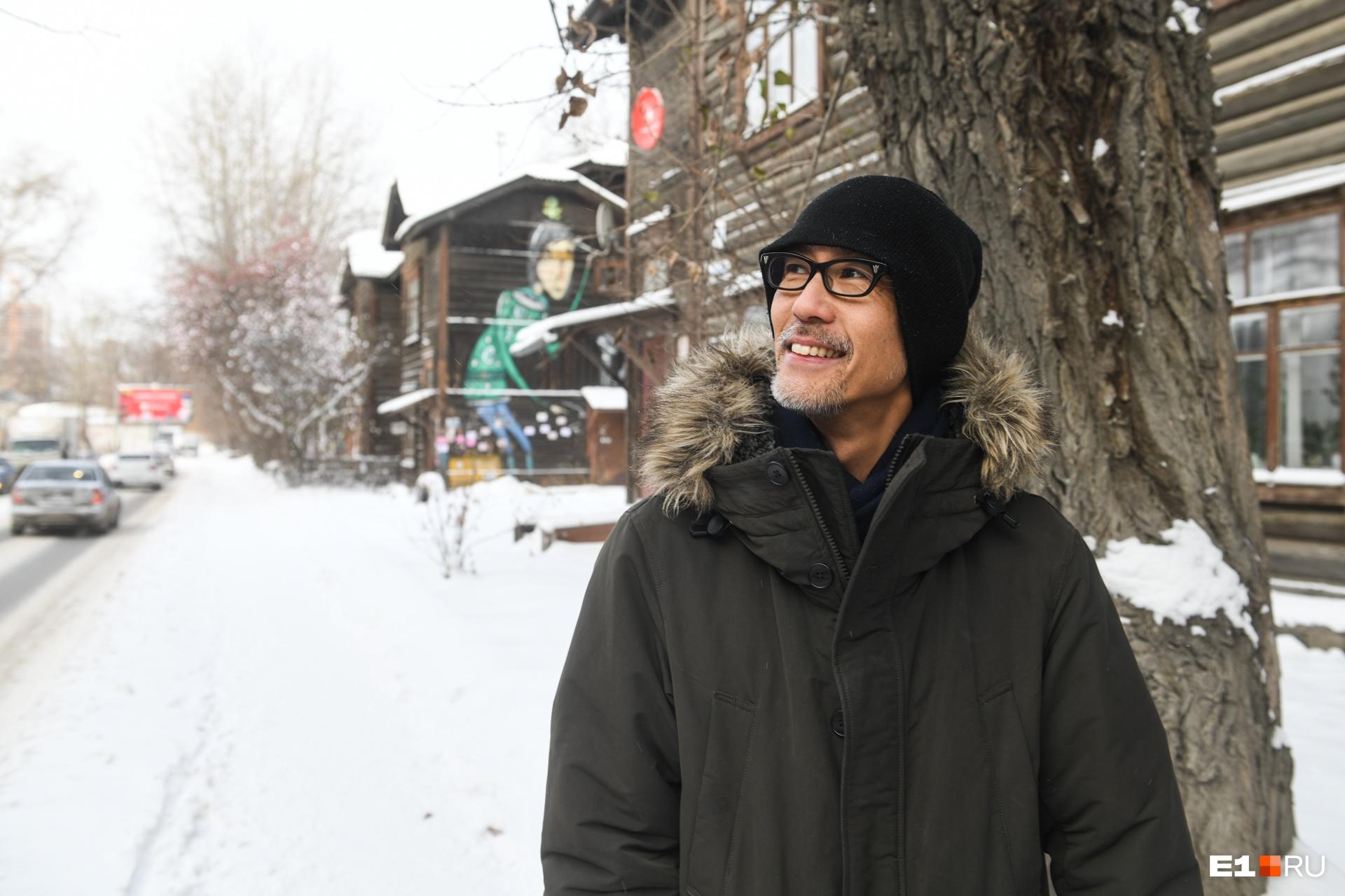 — Глобально существует такая проблема, что люди, когда живут в каком-то окружении, то перестают его ценить, — считает Хироки. Так же происходит и с этими зданиями