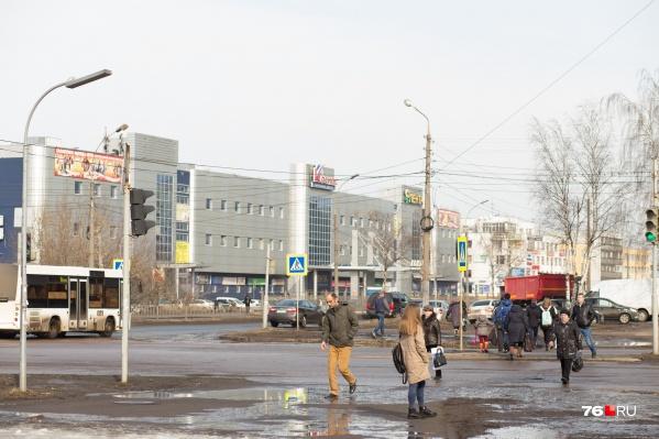 Проспект Машиностроителей будут ремонтировать на участке от проспекта Авиаторов до улицы Папанина
