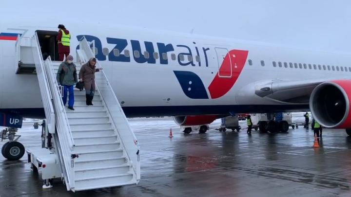 «Врач пришел с тепловизором»: пермяк рассказал, как пассажиров в самолете проверяли на коронавирус