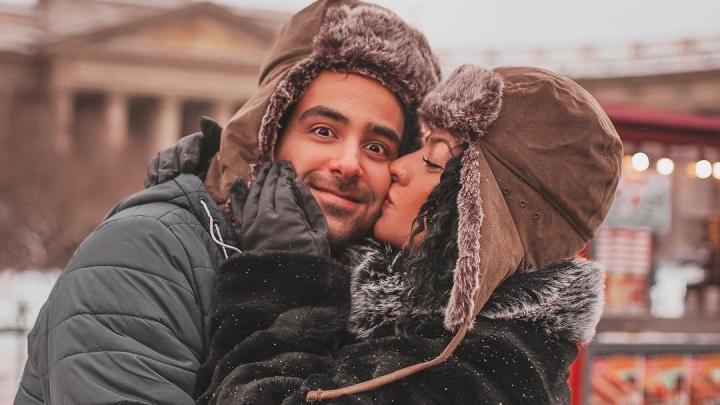 «После Питера Екатеринбург— деревня»: пара из Турции — о путешествии по России в плацкартном вагоне