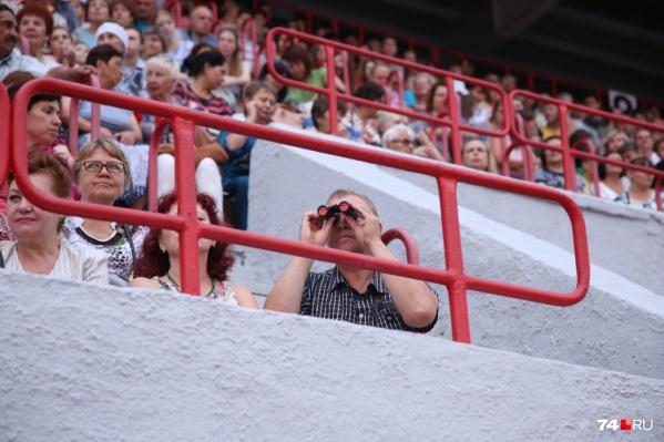 Город возьмёт в собственность минимум два стадиона, в том числе «Мечел», на котором недавно с размахом отметили День металлурга