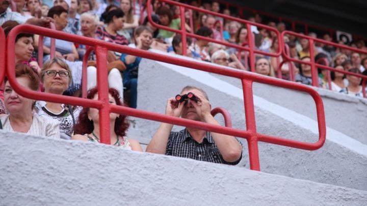 «Пусть не обижаются»: челябинские власти заберут стадионы у «Мечела» и «Сигнала»