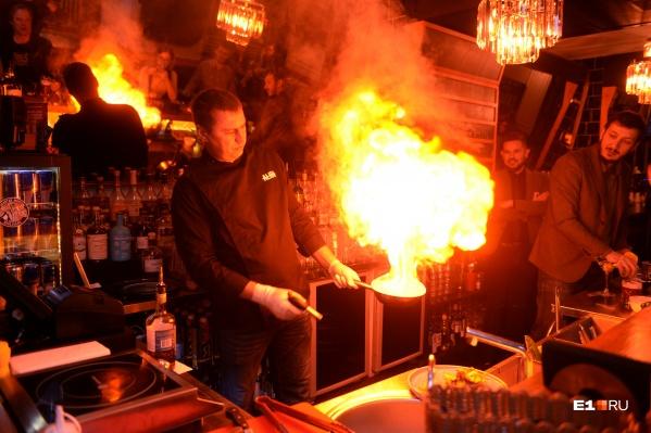 Гостей в баре Кексина встречают жарко