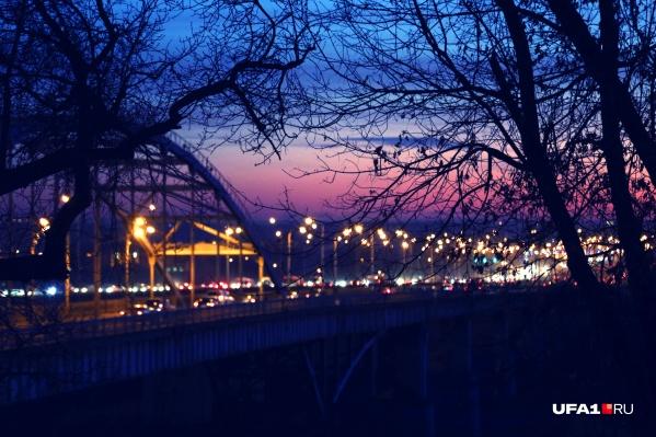 Старый Бельский мост в уходящем году стал одним из главных героев новостей