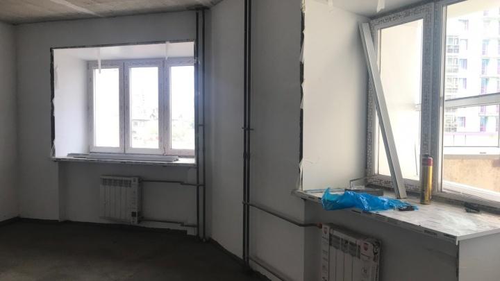 «Много врачей и студентов»: недострой на Копылова продали наполовину и заселяют в декабре