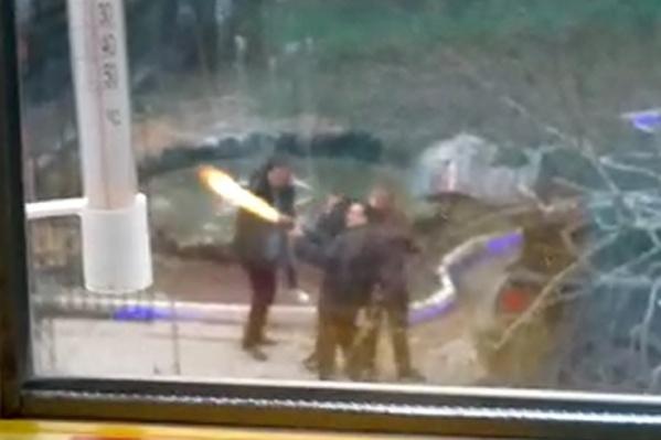 Стрельбу сняли на видео очевидцы
