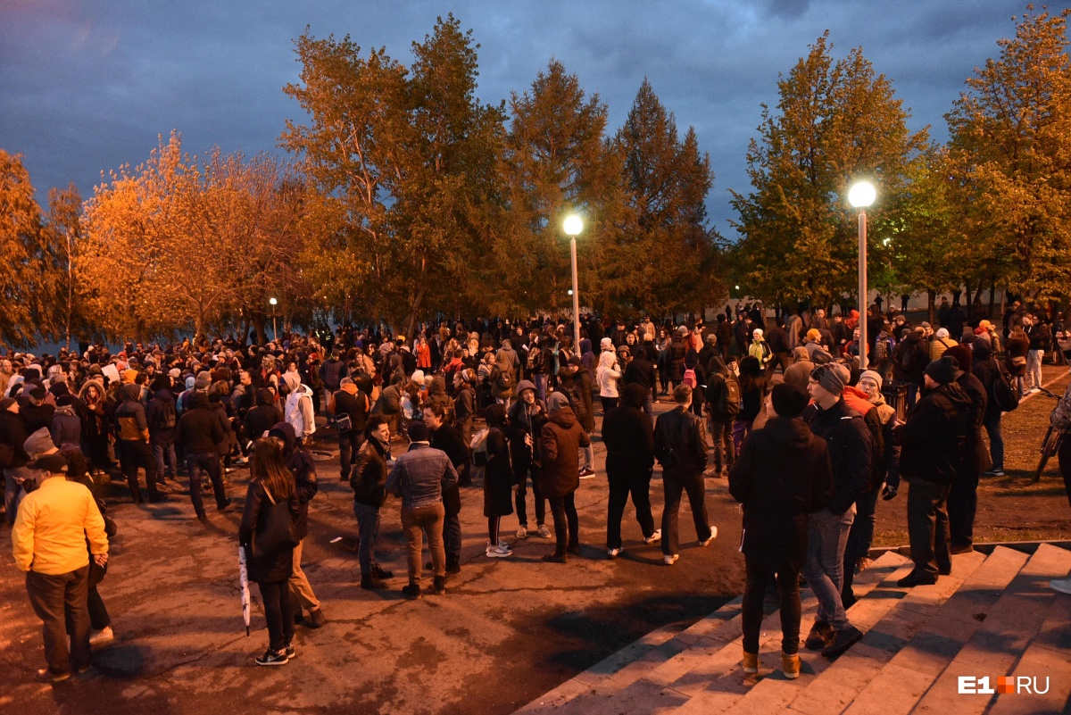 По мнению Станислава Черного, власти просто не могут поверить, что у протестов нет лидера или зачинщика