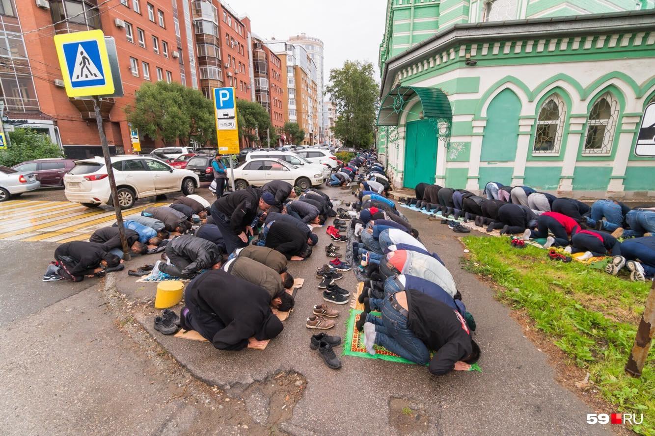 Пермские мусульмане и намаз