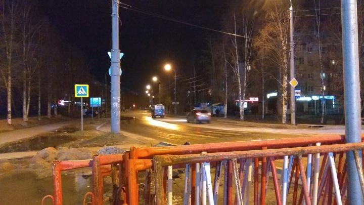 Ремонт теплосетей окончен: в Архангельске открыли движение по Обводному каналу
