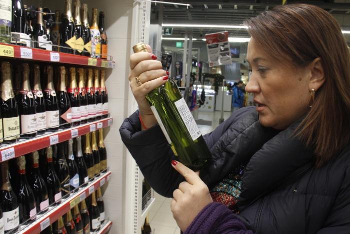 Наталья Ильина считает, что, когда речь идет о недорогом вине, многое можно понять, просто взглянув на этикетку