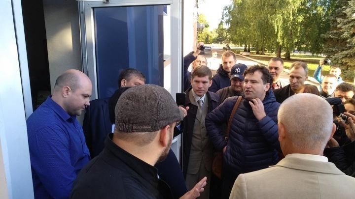Удостоверения получили: коммунисты будут работать в гордуме Тольятти наравне с остальными