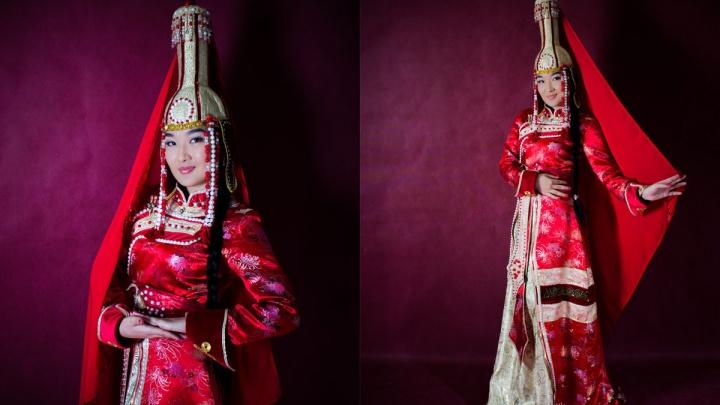 В СФУ выбирают самую красивую студентку-азиатку