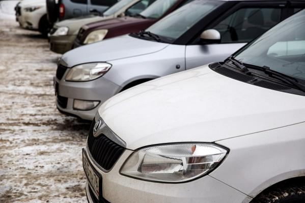 Машина стояла на улице Лермонтова