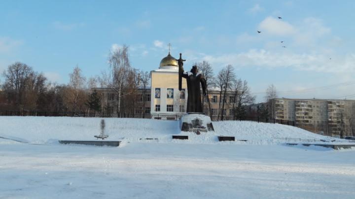 Екатеринбуржцев позвали обсудить, как изменится площадь Обороны