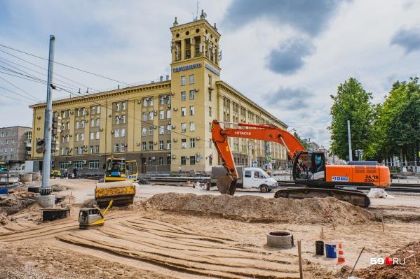 Реконструкция улицы Революции началась в прошлом году