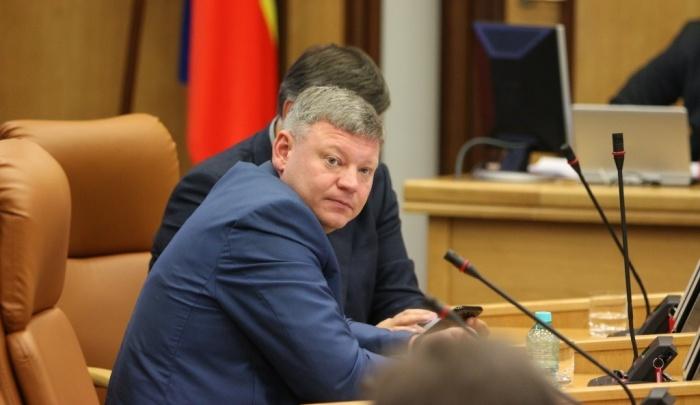 Скандальный депутат Торгунаков попросил исключить его из комиссии по решению вопросов дольщиков
