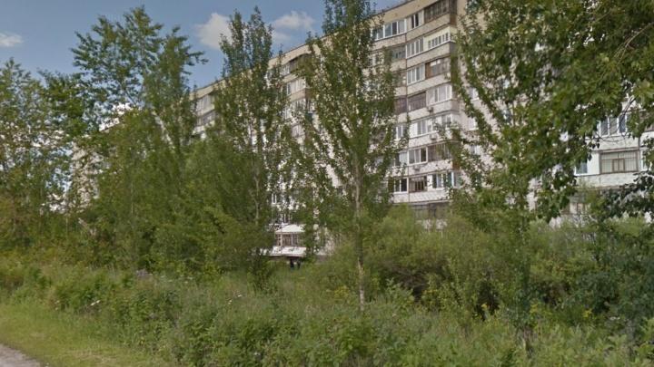 На Червишевском тракте разбился мужчина, упавший с крыши девятиэтажки