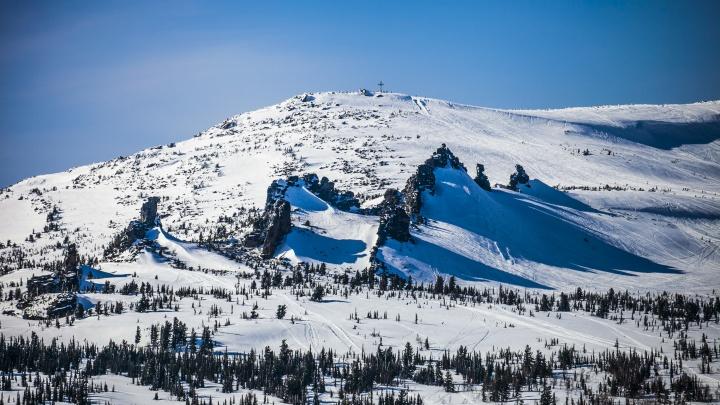 «Из-под снега увидели руку»: туриста из Новосибирска накрыло лавиной в Шерегеше