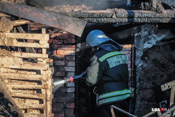 За первые два дня в огне погибли два человека