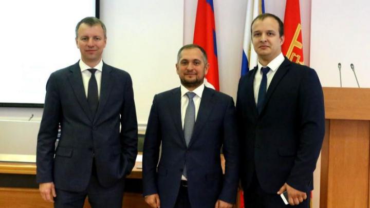 Трое депутатов покинули Волгоградскую городскую думу