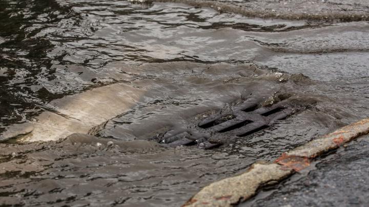 Ливнёвку, из-за которой поссорились мэрия и «СИБЭКО», придётся чистить всё лето