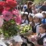 С воздушными шарами и зонтами: как в Ростове отметили День знаний