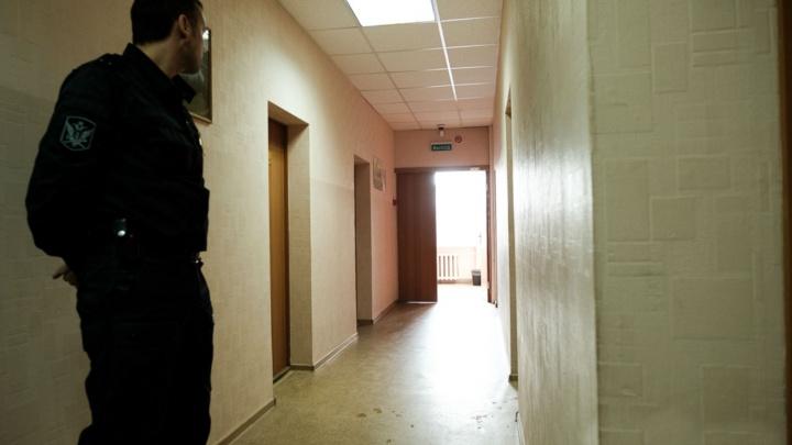 В Перми сотрудника ГБР приговорили к обязательным работам за избиение мужчины в магазине