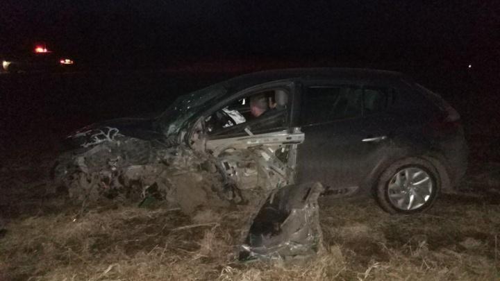 В Башкирии пьяный на «Рено Меган» устроил аварию и попал в больницу