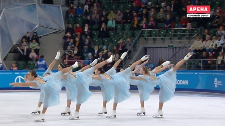 Красота и грация на льду: финки одержали победу в синхронном фигурном катании