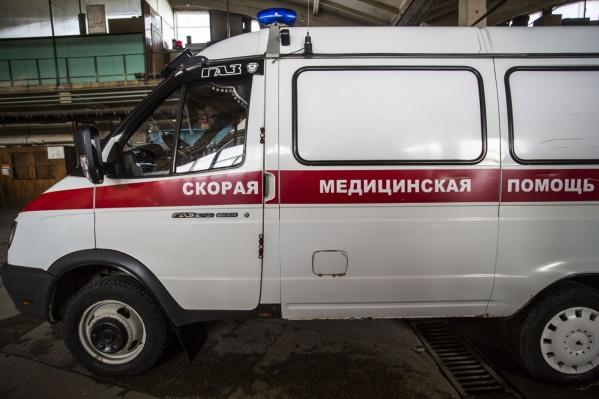 При обрушении бетонной плиты на недострое в Черепановском районе погибли 2 подростка