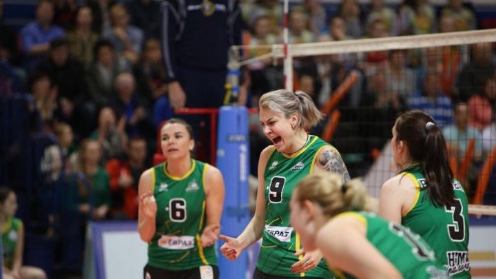 В первом матче плей-офф чемпионата России волейболистки «Уралочки» обыграли соперниц