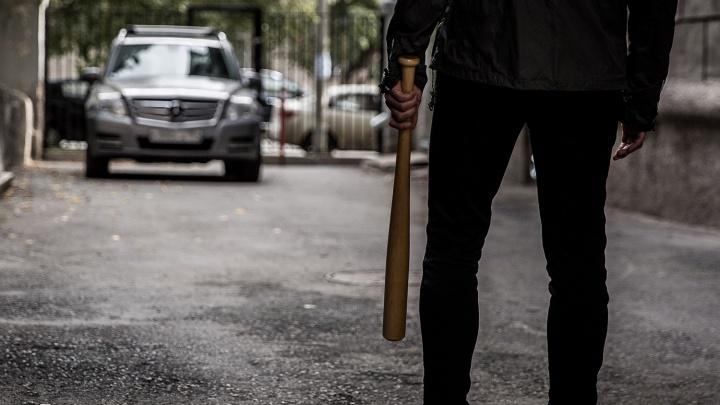 Охотники на бомбил: в Толмачёво начали нападать на водителей-частников