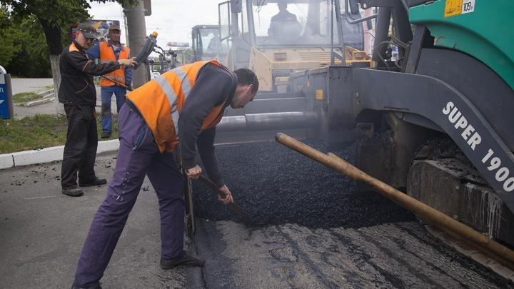 Нагонят без нагоняя? Челябинские дорожники признались, что отстали от графика ремонта улиц