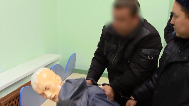 Следком опубликовал видео с показаниями охранника детсада в Нарьян-Маре, где убили ребенка